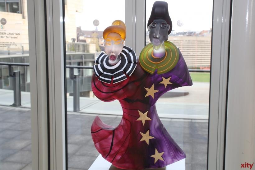 32 Künstler der Glaskünstlervereinigung NRW, das bedeutet eine große Vielfalt (xity-Foto: D. Creutz)