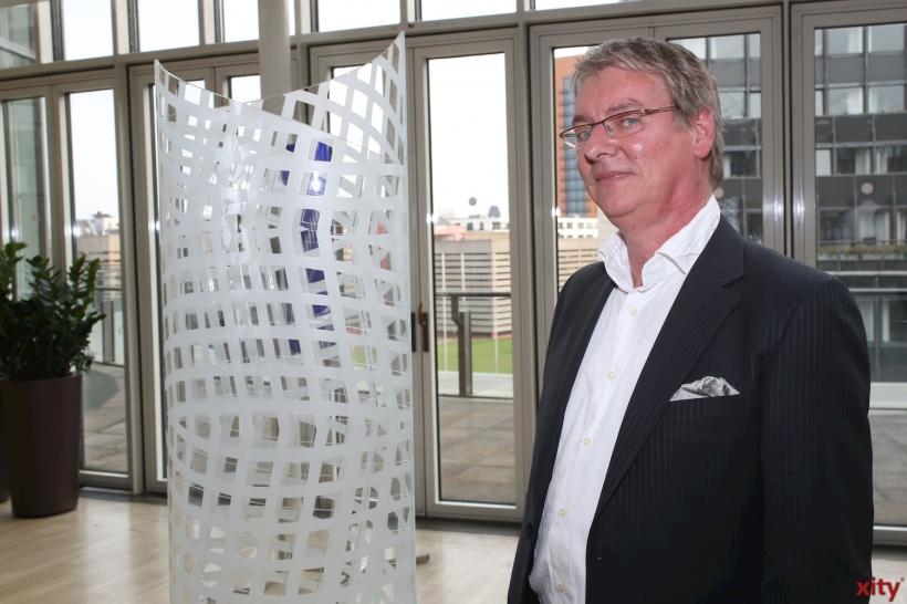 Klaus U. Hilsbecher Vorsitzender der Glaskünstlervereinigung NRW (xity-Foto: D. Creutz)
