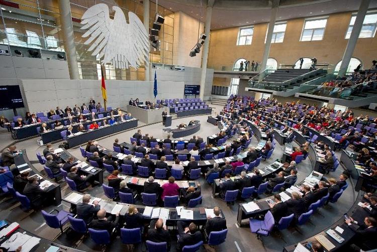 Koalition geht bei Minderheitenrechten auf Opposition zu (© 2014 AFP)
