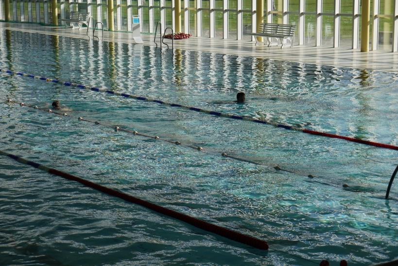 Kinder und Jugendliche sollen schwimmen lernen damit  sie ihre Feizeit bewusst aber vor allem Sicher gestallten können (xity-Foto: E. Aslanidou)