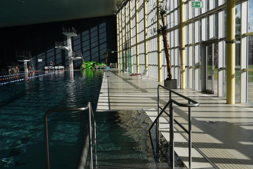 Seit Jahren steuert der Fachbereich Sport und Bäder mit zahlreichen Schwimmkursen dem Trend entgegen, dass immer weniger Kinder schwimmen lernen (xity-Foto: E. Aslanidou)