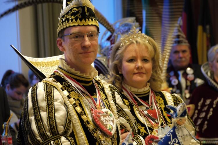 Der Jecken Nachwuchs machte das Krefelder Prinzenpaar sichtlich stolz. (xity-Foto: E. Aslanidou)