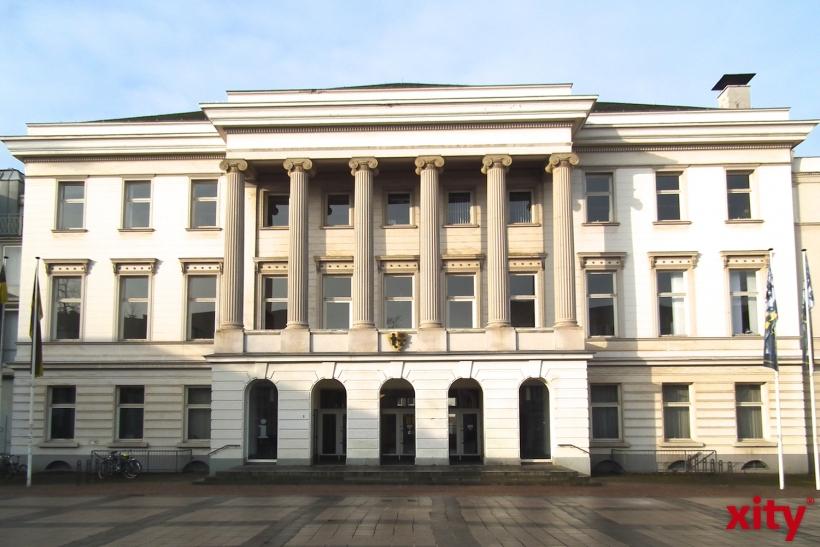 Die Krefelder Stadtverwaltung reduziert die Öffungszeiten einiger Bürgerbüros ab 10. März 2014 (xity-Foto: E. Aslanidou)