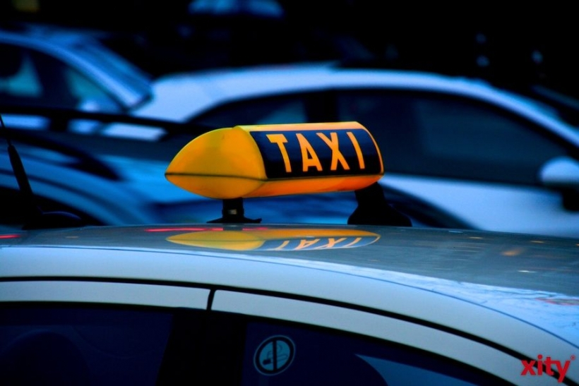 Fußgänger in Stadtmitte von Taxi angefahren (xity-Foto: M. Völker)