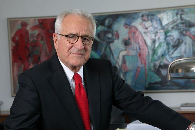 Dr. Wolfgang Schulhoff erliegt Krebsleiden (Foto: Handwerkskammer Düsseldorf)