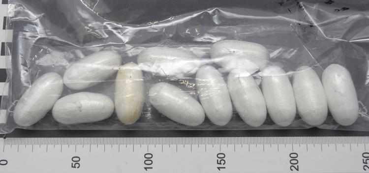 Kokain, Streckmittel und Bargeld sichergestellt (Foto: Polizei Düsseldorf)