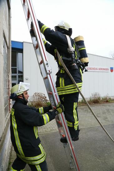 Die Krefelder Feuerwehr bildet aus. (Foto: Stadt Krefeld)