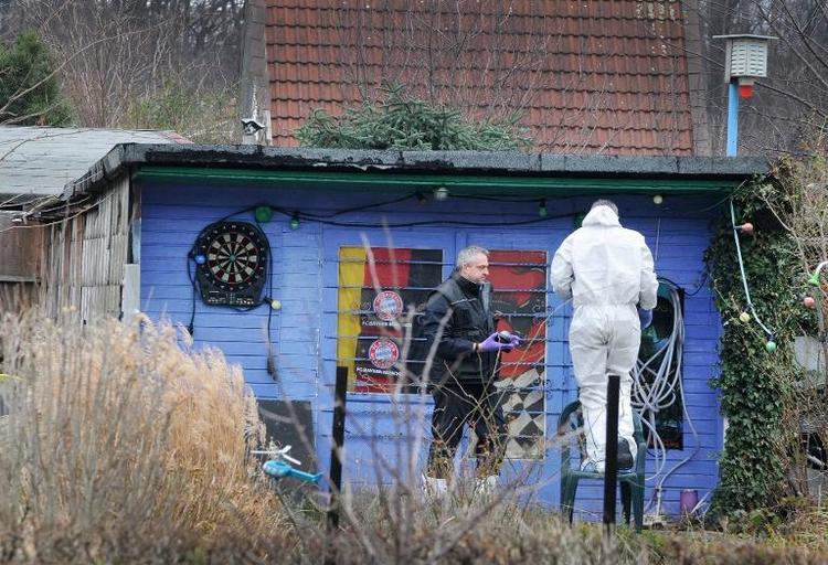 Polizei in Essen entdeckt Leiche in zubetonierter Grube (© 2014 AFP)