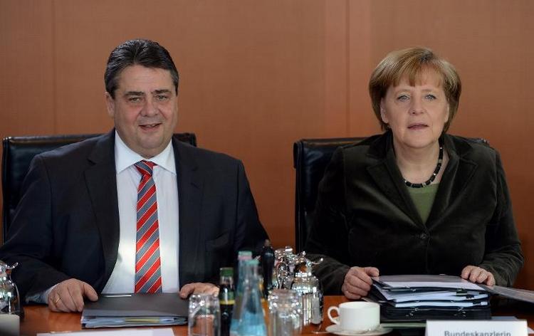 Umfragewerte für Schwarz-Rot trotz Edathy-Streits stabil (© 2014 AFP)