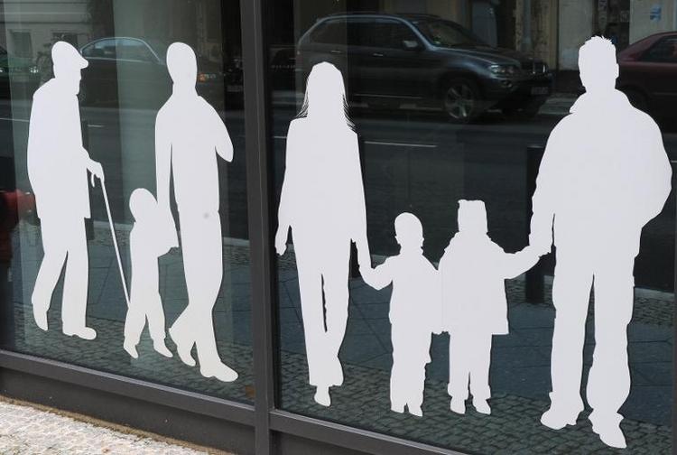 "Mehr als 10.000 ""Bufdis"" älter als 50 Jahre (© 2014 AFP)"