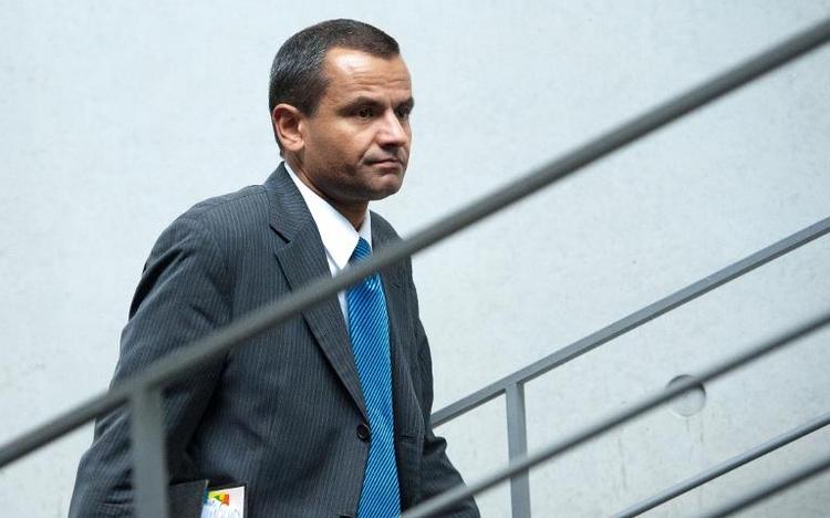Edathy will wegen Morddrohungen nicht zurück nach Berlin (© 2014 AFP)