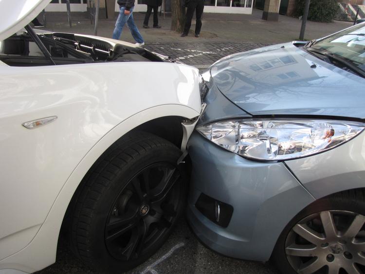 Kontrollverlust bei der Parkhausausfahrt (Foto:Polizei Mettmann)