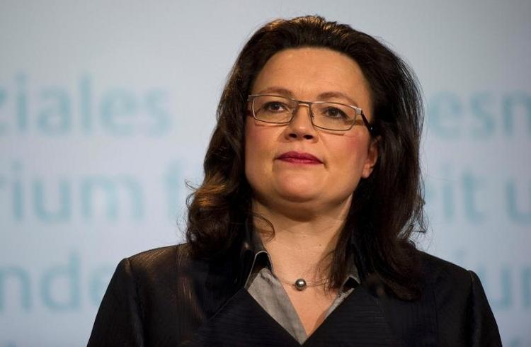 Nahles startet Mindestlohn-Verfahren (© 2014 AFP)