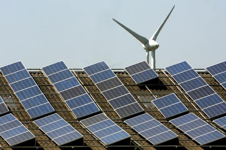 Experten: Erneuerbare-Energien-Gesetz abschaffen (© 2014 AFP)