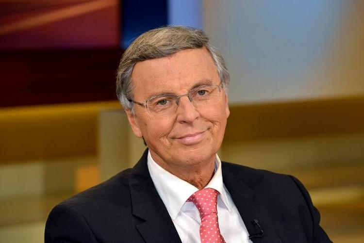 Krebskranker Bosbach will noch Legislatur-Ende erleben (© 2014 AFP)