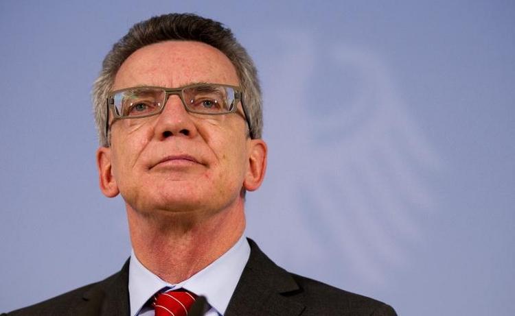 Regierung will nach NSU-Morden Behördenarbeit straffen (© 2014 AFP)