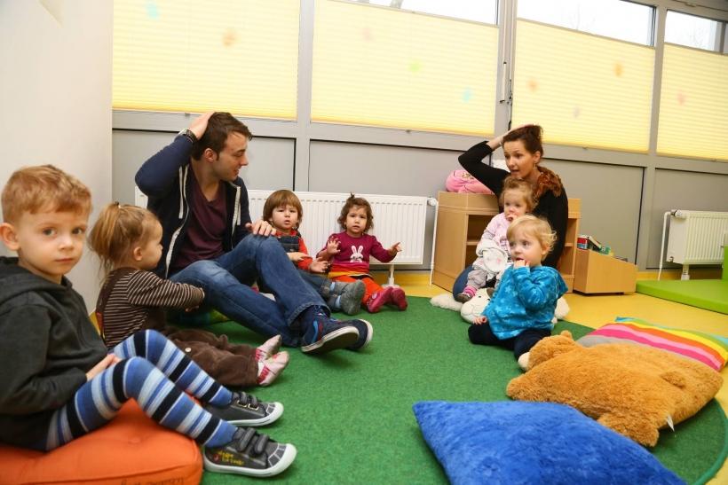 In den neuen Dependancen zu bestehenden Kindertagesstätten werden die unter Dreijährigen in überschaubaren Gruppenräumen und mit geringer Gruppengröße betreut. (Foto: Stadt Krefeld)