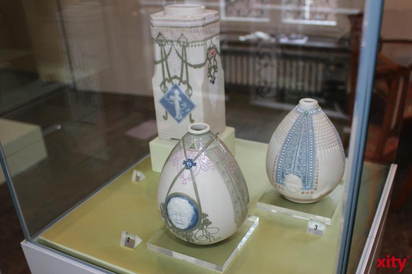 Das Hetjens-Museum in Düsseldorf zeigt insgesamt 18 Arbeiten von Taxile Doat (xity-Foto. P. Bornhöft)