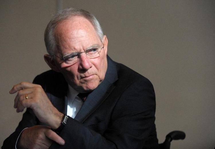 Schäuble will 2014 mehr Schulden aufnehmen als geplant (© 2014 AFP)