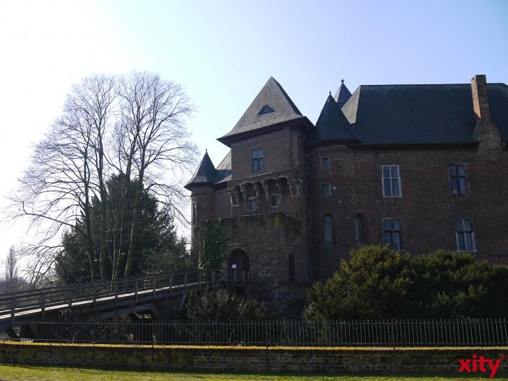 Märchenerzählerin auf Burg Linn (xity-Foto: E. Aslanidou)