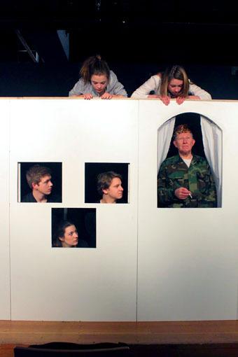 """""""Iphigenie auf Tauris"""" im KRESCHtheater (Foto: Thomas Weinmann)"""