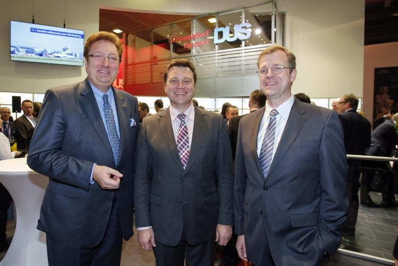 Oberbürgermeister Dirk Elbers, Flughafengeschäftsführer Thomas Schnalke, Aufsichtsratsvorsitzender Gerhard Schroeder (Foto: Düsseldorf Airport)