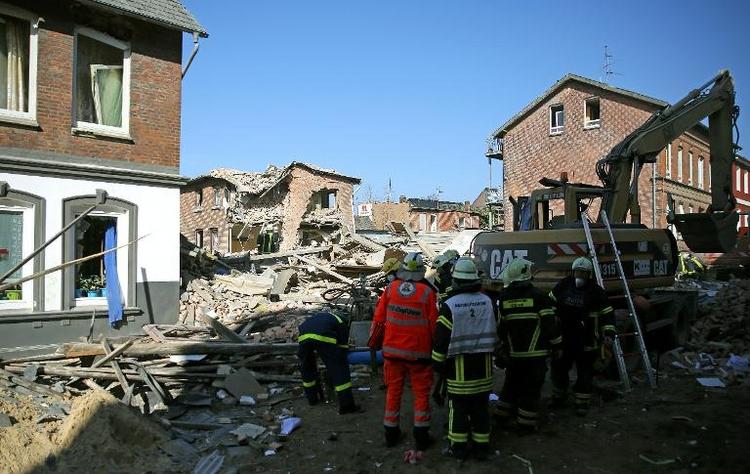 Wohnhaus in Itzehoe durch Explosion völlig zerstört (© 2014 AFP)