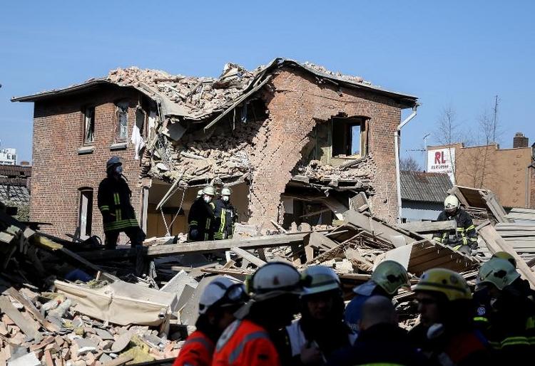 Explosion in Itzehoe: Bislang vier Leichen gefunden (© 2014 AFP)