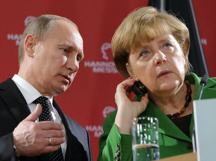 Unionspolitiker kritisieren Sanktionen gegen Russland (© 2014 AFP)