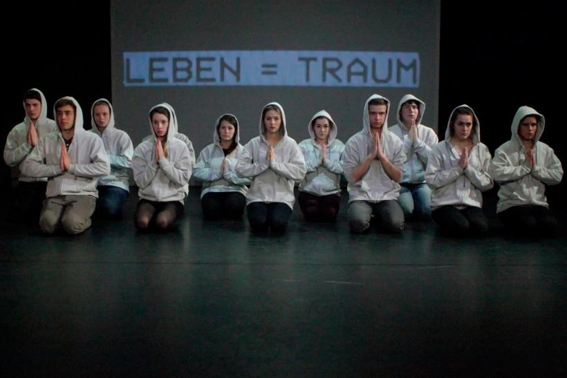 """Die aktuelle Produktion des KRESCHstadtjugendtheaters """"Fehlbesetzt"""" ist zum Berliner Theatertreffen der Jugend nominiert. (Foto: Thomas Weinmann)"""