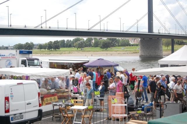 Die Fischmarktsaison ist eröffnet (xity-Foto: M.Völker)