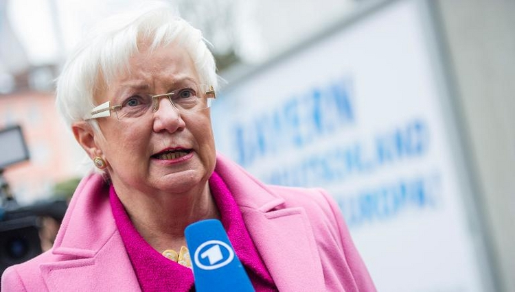 Fall Edathy: Hasselfeldt auf Distanz zu CSU-Reaktionen  (© 2014 AFP)