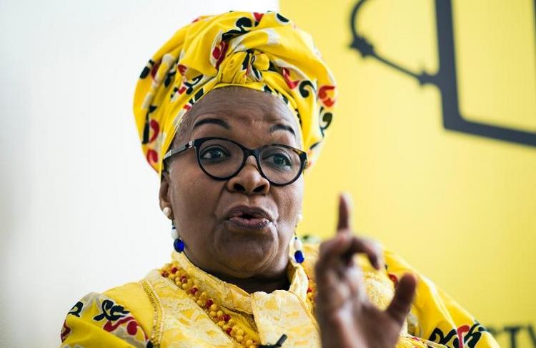 Amnesty-Menschenrechtspreis für Alice Nkom aus Kamerun  (© 2014 AFP)