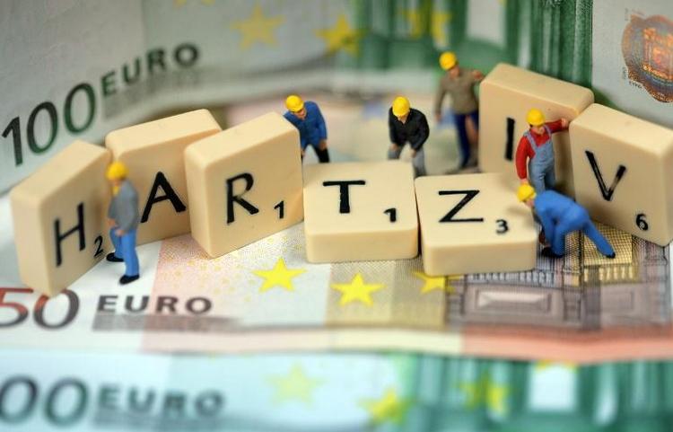 Auch bei Mindestlohn wohl Viele auf Hartz-IV angewiesen (© 2014 AFP)