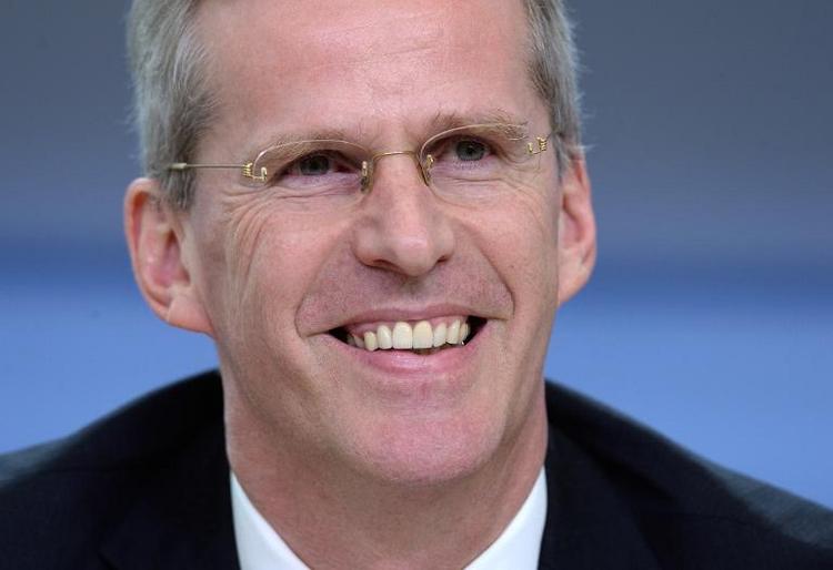 Binninger hält Befragung Snowdens für verzichtbar (© 2014 AFP)