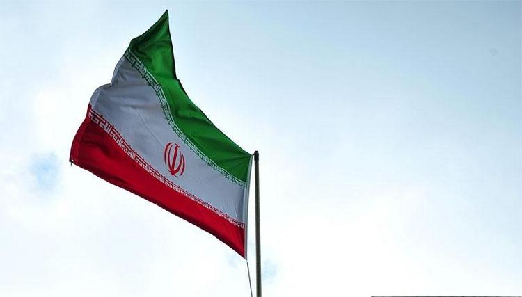 Iran kauft über Tarnfirmen Rüstungsgüter in Deutschland (© 2014 AFP)