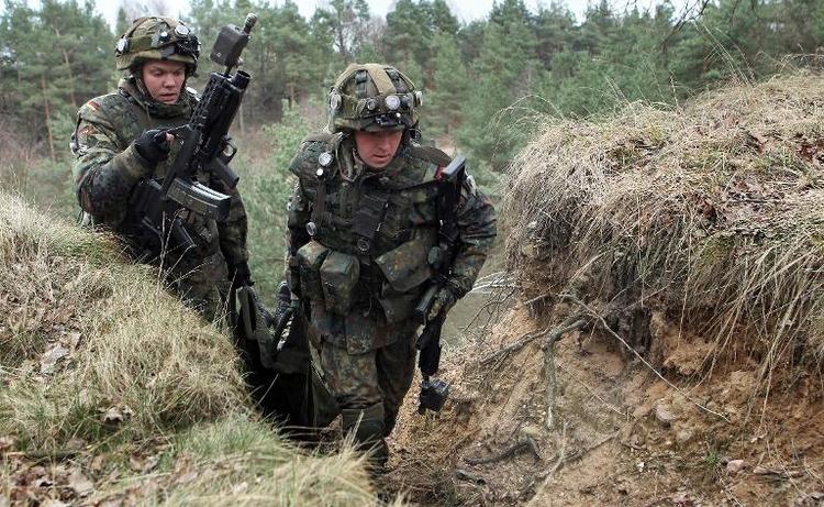 Rufe nach Wiedereinführung der Wehrpflicht werden laut (© 2014 AFP)