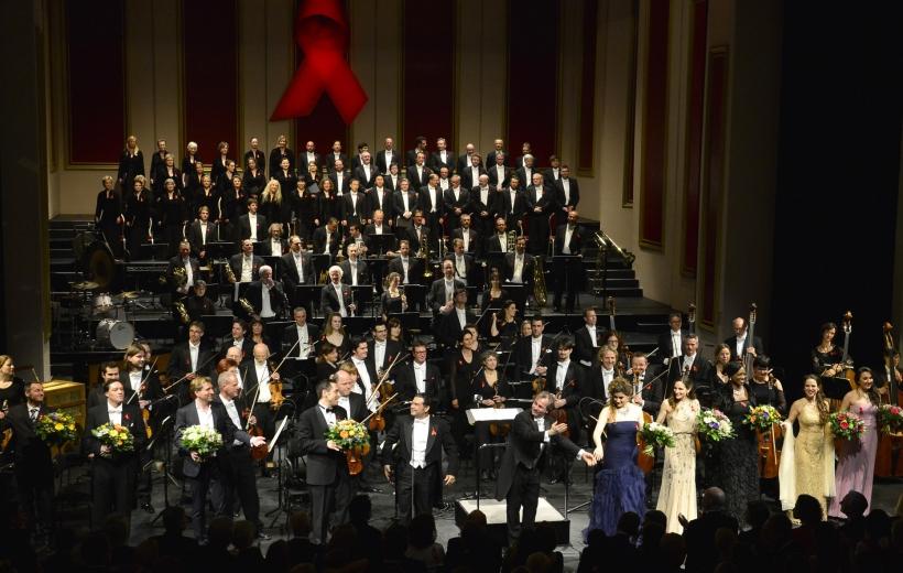 142.000 Euro Erlös bei der 5. Festlichen Operngala (Foto: Paul Esser)