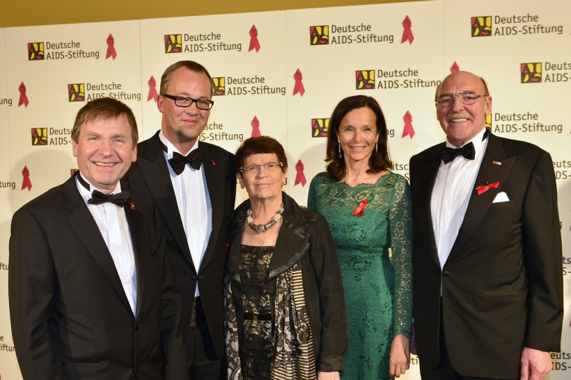 Dr. Ulrich Heide, Prof. Christoph Meyer, Prof. Dr. Rita Süssmuth, Susan Weiss, Reinhold Schulte (Foto: Paul Esser)