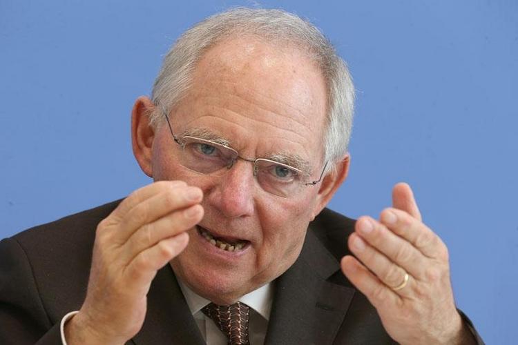 Putin-Hitler-Vergleich: Rückendeckung für Schäuble (© 2014 AFP)