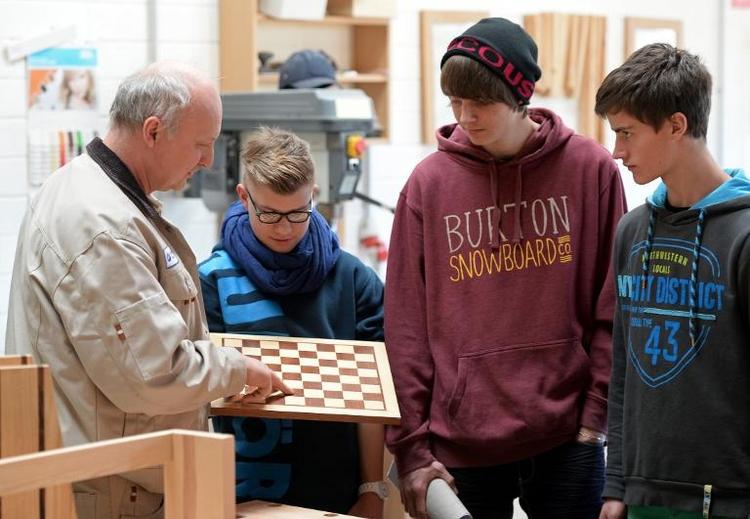 Deutsche Schüler lösen Probleme durchschnittlich kreativ (© 2014 AFP)