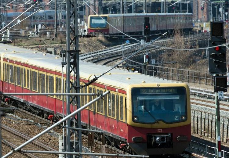 13-Jähriger stirbt bei Spiel in Berliner S-Bahn-Tunnel (© 2014 AFP)