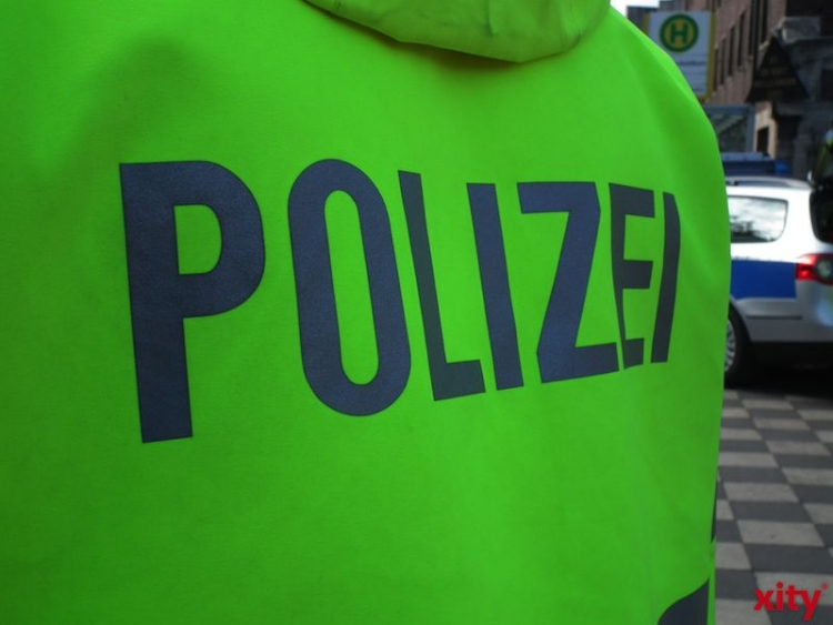 Offener Einsatz gegen die Drogenkriminalität im Umfeld des Hauptbahnhofs Düsseldorf (xity-Foto: M. Völker)
