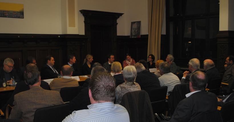 Große Fachdiskussion zum Thema Prostitution bei der SPD-Fraktion. (Foto: SPD-Fraktion Krefeld)