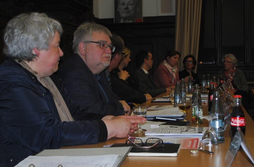 Der Einladung sind  50 Personen in den Sitzungssaal der SPD-Fraktion gefolgt. (Foto: SPD-Fraktion Krefeld)