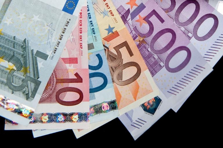 Steuerzahler warten immer länger auf Rückerstattung  (© 2014 AFP)