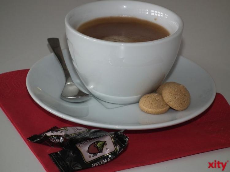 Kaffee- und Tee-Trinker zeigen in höherem Alter bessere Gedächtnisleistungen und ein verringertes Risiko, an Alzheimer zu erkranken (xity-Foto: M. Völker)