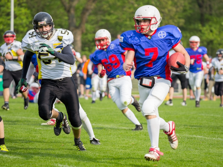 Quarterback Tom Specking führt das Team zum zweiten Sieg unter seiner Führung. (Foto: Christian Weber / Uerdingen Tomahawks)