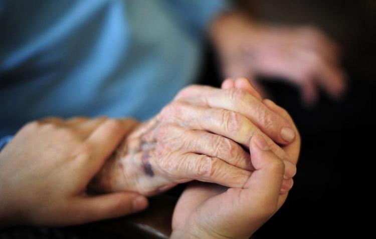 Gröhe gibt Startschuss für Neuordnung in der Pflegeversicherung (© 2014 AFP)