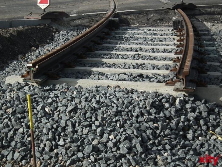Gleisbauarbeiten auf der Ludenberger Straße (xity-Foto: L. Engelbrecht)